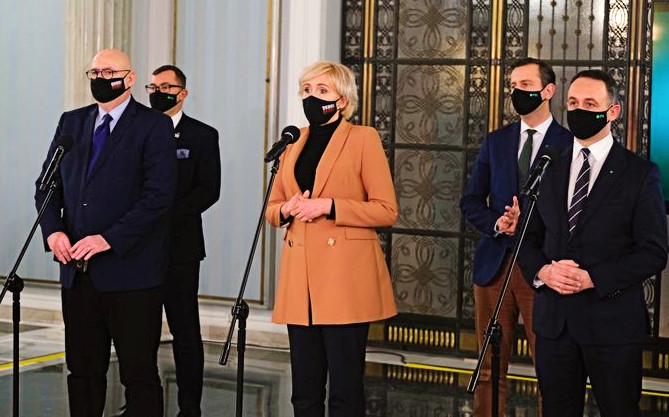 Niszcząc kompromis aborcyjny PiS mocniej skłócił Polaków